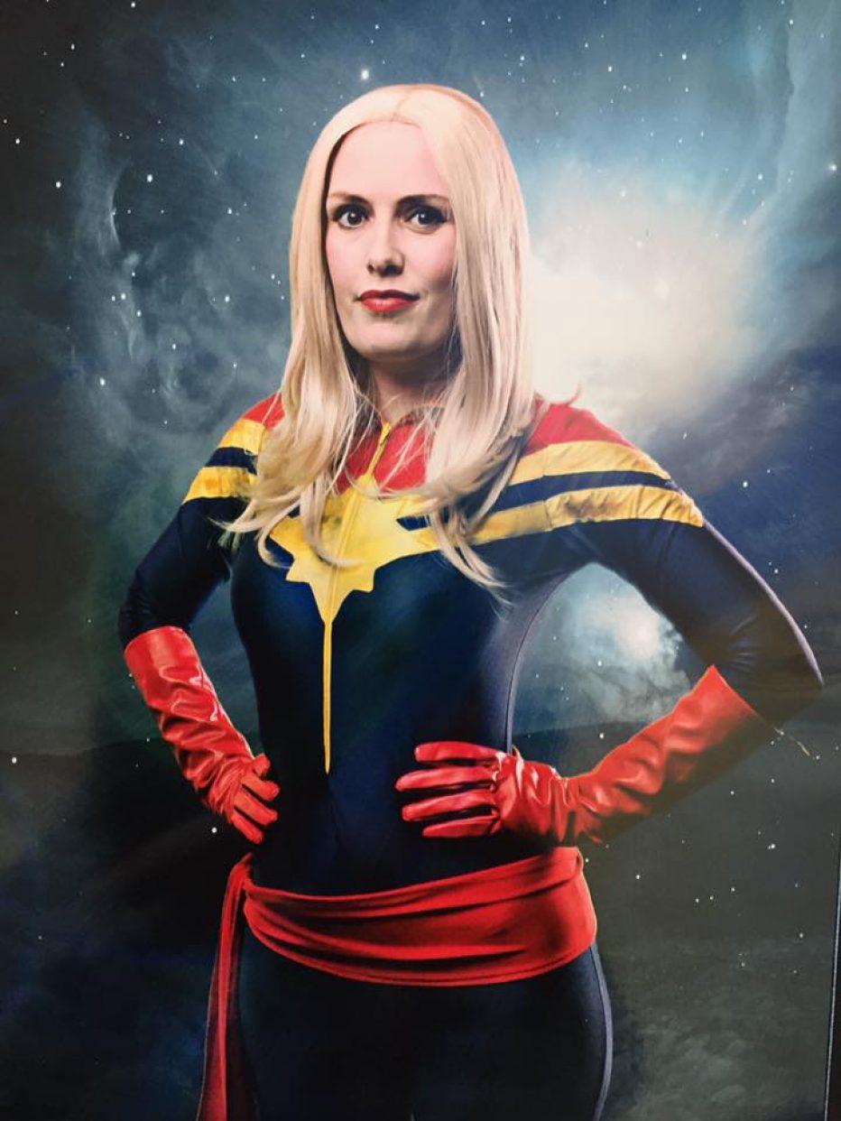Captain-Marvel-Cosplay-Gamers-Heroes-3.jpg