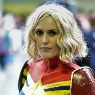 Cosplay Wednesday – Marvel's Captain Marvel