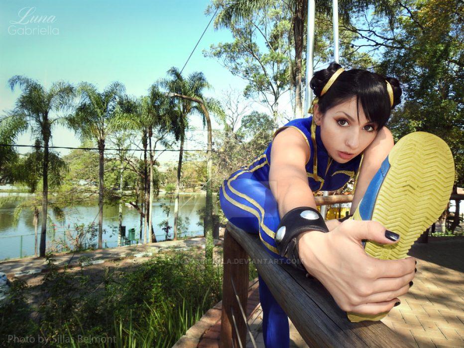 Chun-Li-Cosplay-Gamers-Heroes-2.jpg