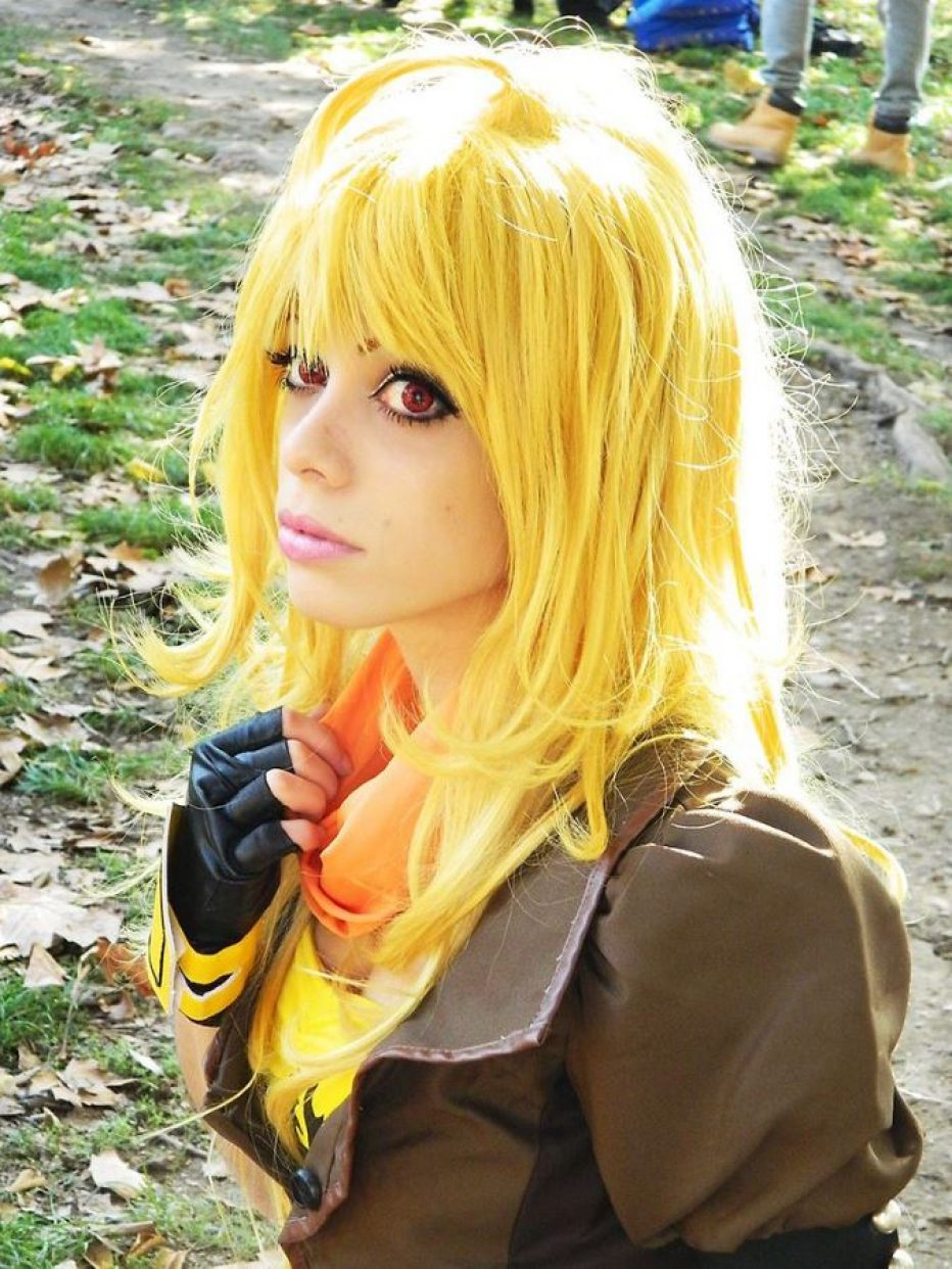 RWBY-Yang-Xiao-Long-Cosplay-Gamers-Heroes-1.jpg