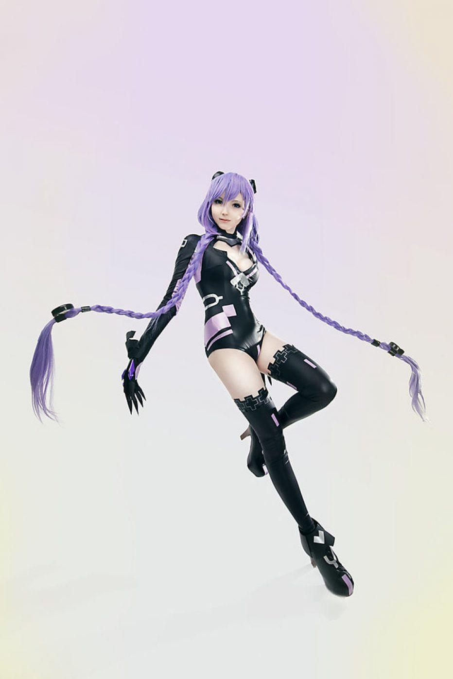 Hyperdimension-Neptunia-Purple-Heart-Cosplay-Gamers-Heroes-4.jpg