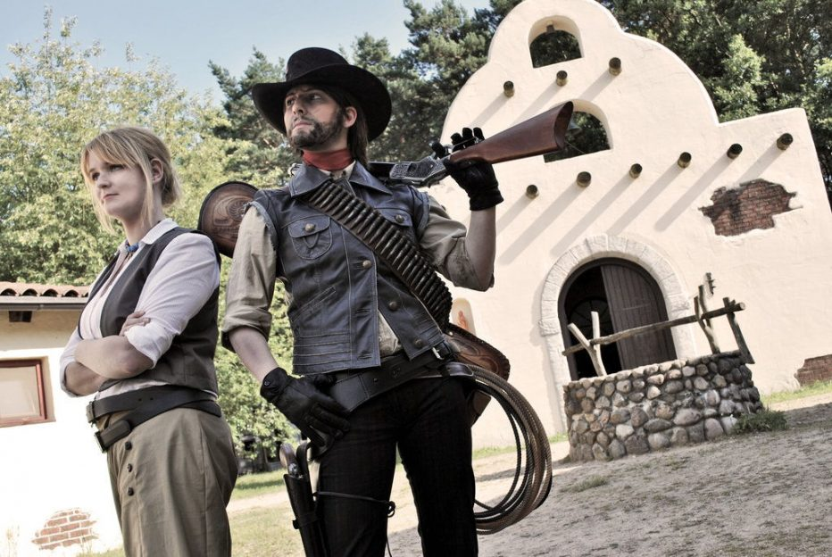 Red-Dead-Redemption-John-Marston-Cosplay-Gamers-Heroes-7.jpg