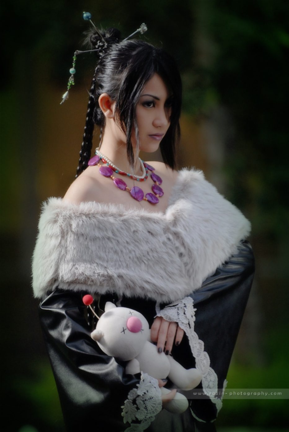 Final-Fantasy-X-Lulu-Cosplay-Gamers-Heroes-2.jpg