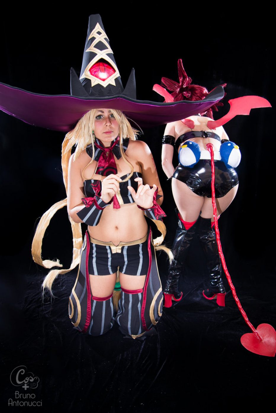 The-Witch-and-the-Hundred-Knight-Metallia-Cosplay-Gamers-Heroes-3.jpg