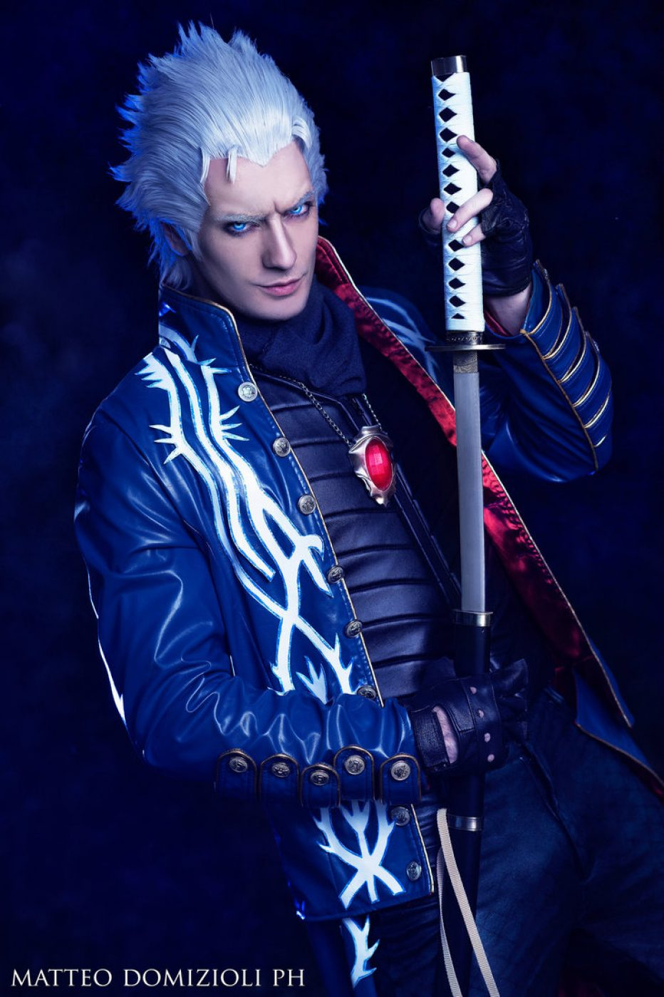 Devil-May-Cry-Vergil-Cosplay-Gamers-Heroes-4.jpg