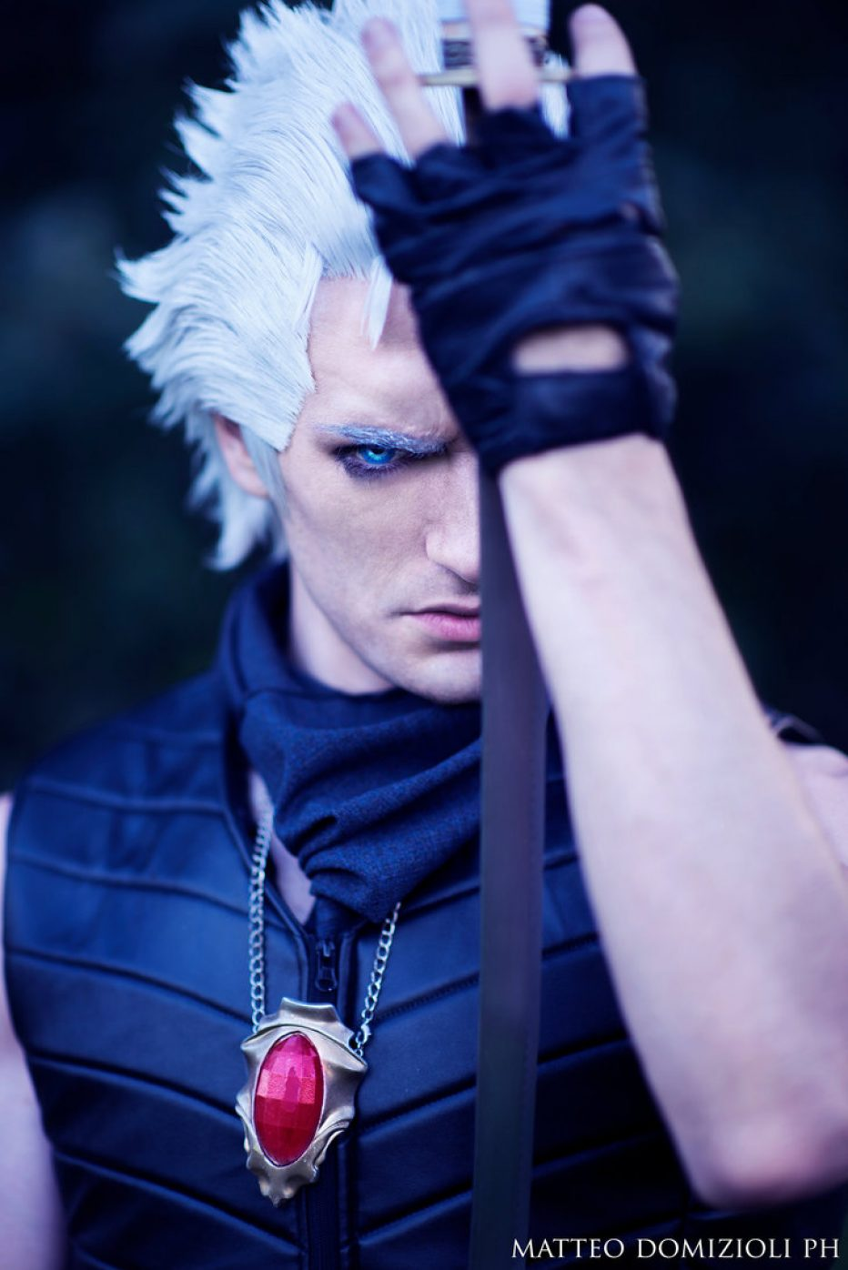Devil-May-Cry-Vergil-Cosplay-Gamers-Heroes-5.jpg