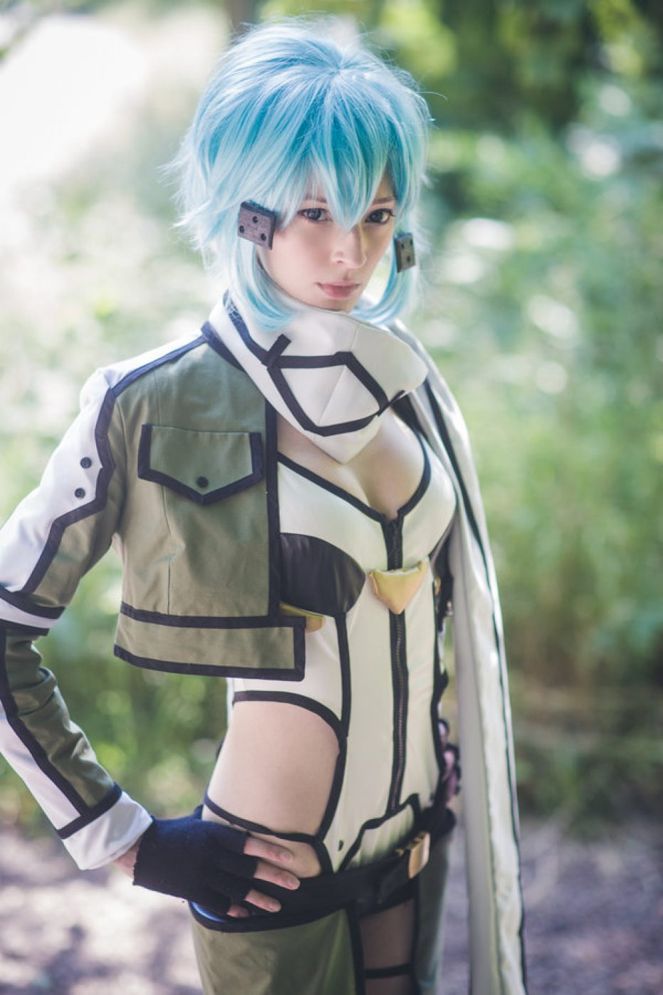 Sword-Art-Online-Sinon-Cosplay-Gamers-Heroes-1.jpg