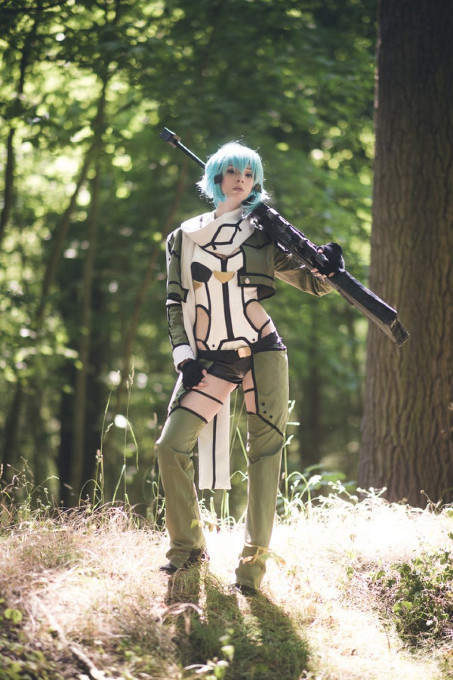 Sword-Art-Online-Sinon-Cosplay-Gamers-Heroes-2.jpg