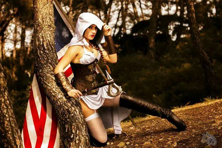Assassin's Creed Female Cosplay - Gamers Heroes (