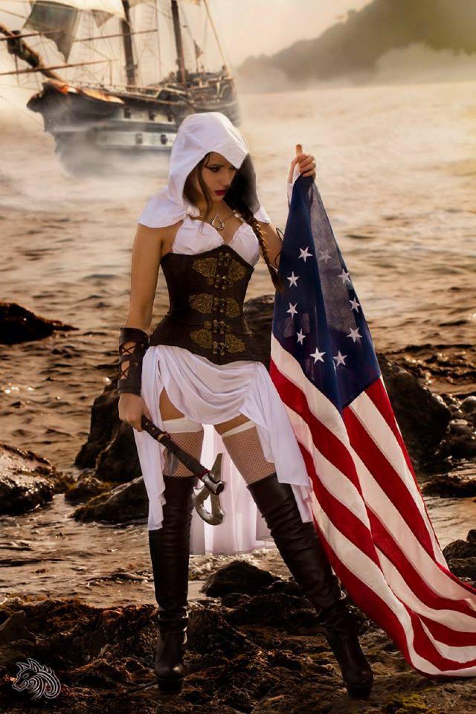 Hasil gambar untuk female assassin creed cosplay