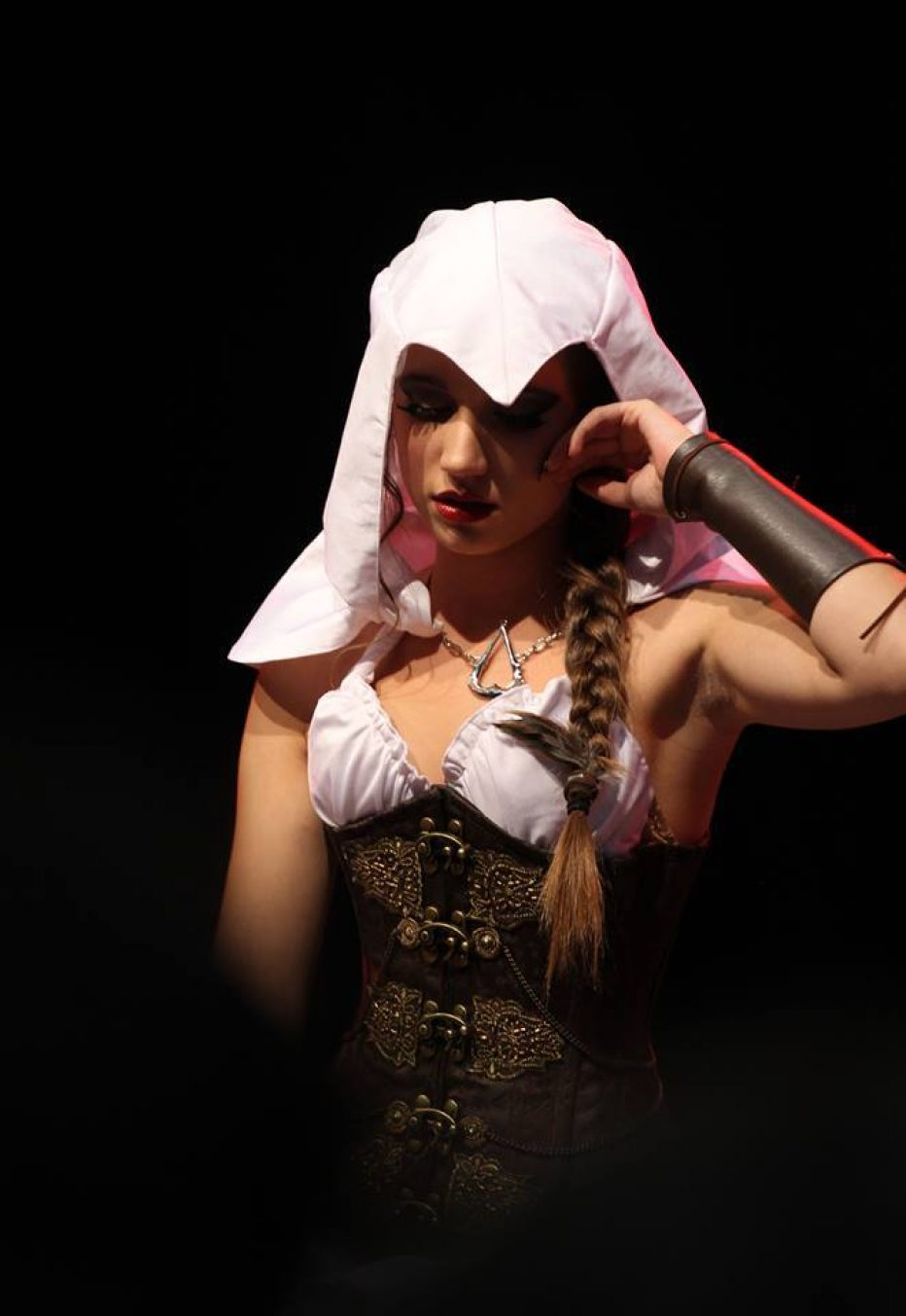 Assassins-Creed-Female-Cosplay-Gamers-Heroes-5.jpg