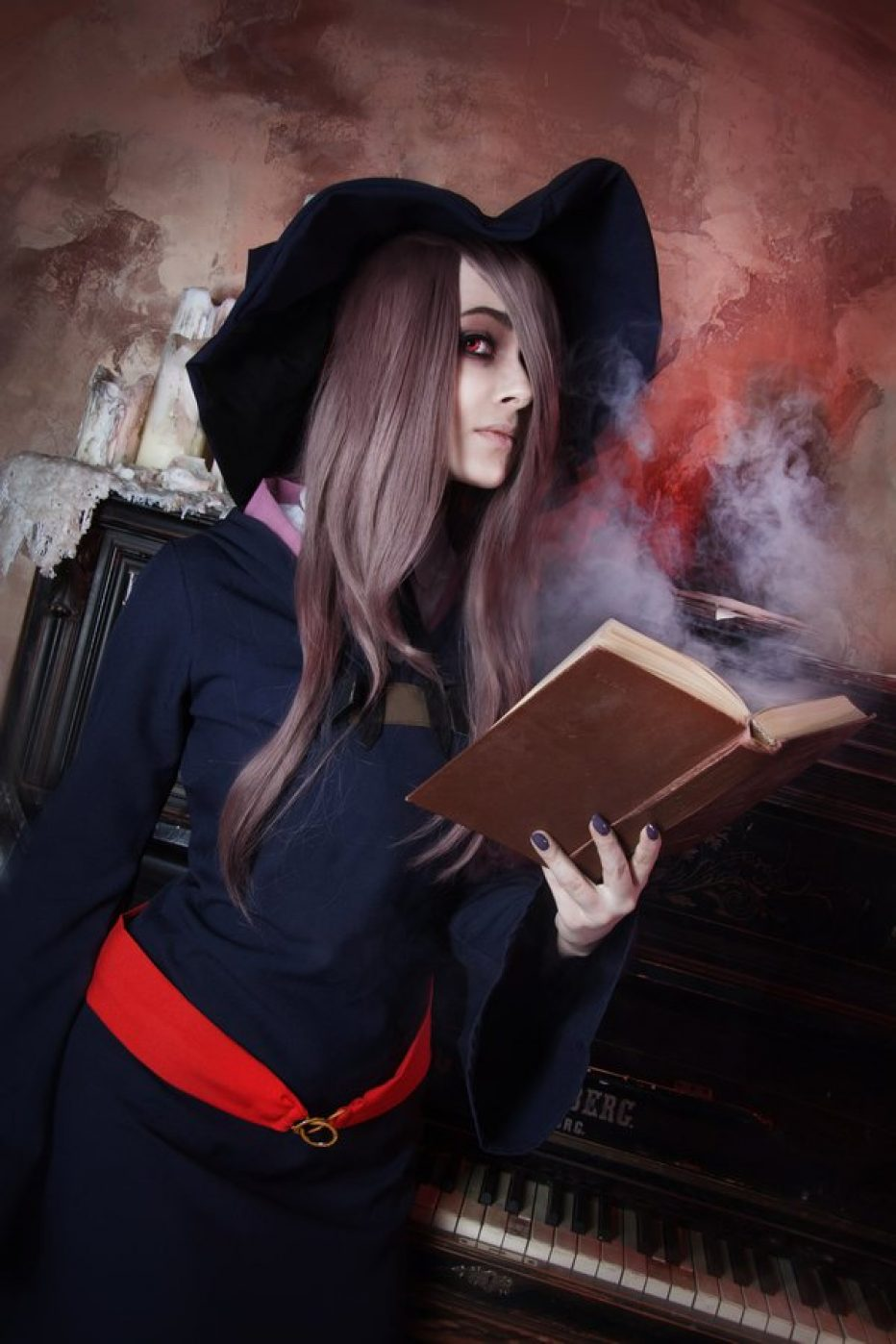 Little-Witch-Academia-Sucy-Manbavaran-Cosplay-Gamers-Heroes-2.jpg