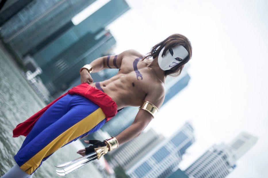 Street-Fighter-Vega-Cosplay-Gamers-Heroes-2.jpg
