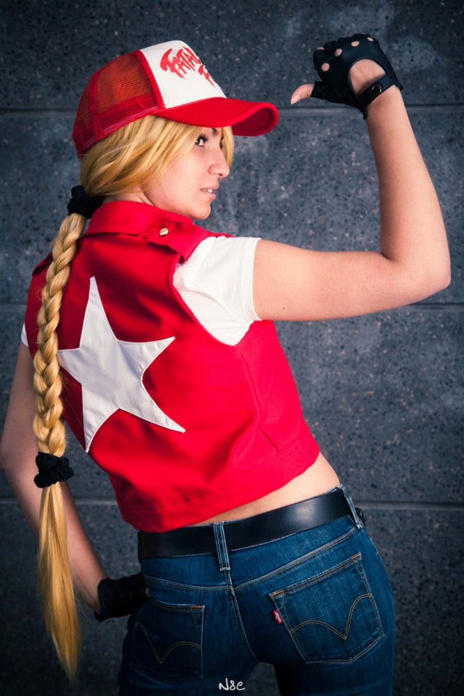 Terry-Bogard-Cosplay-Gamers-Heroes-3.jpg