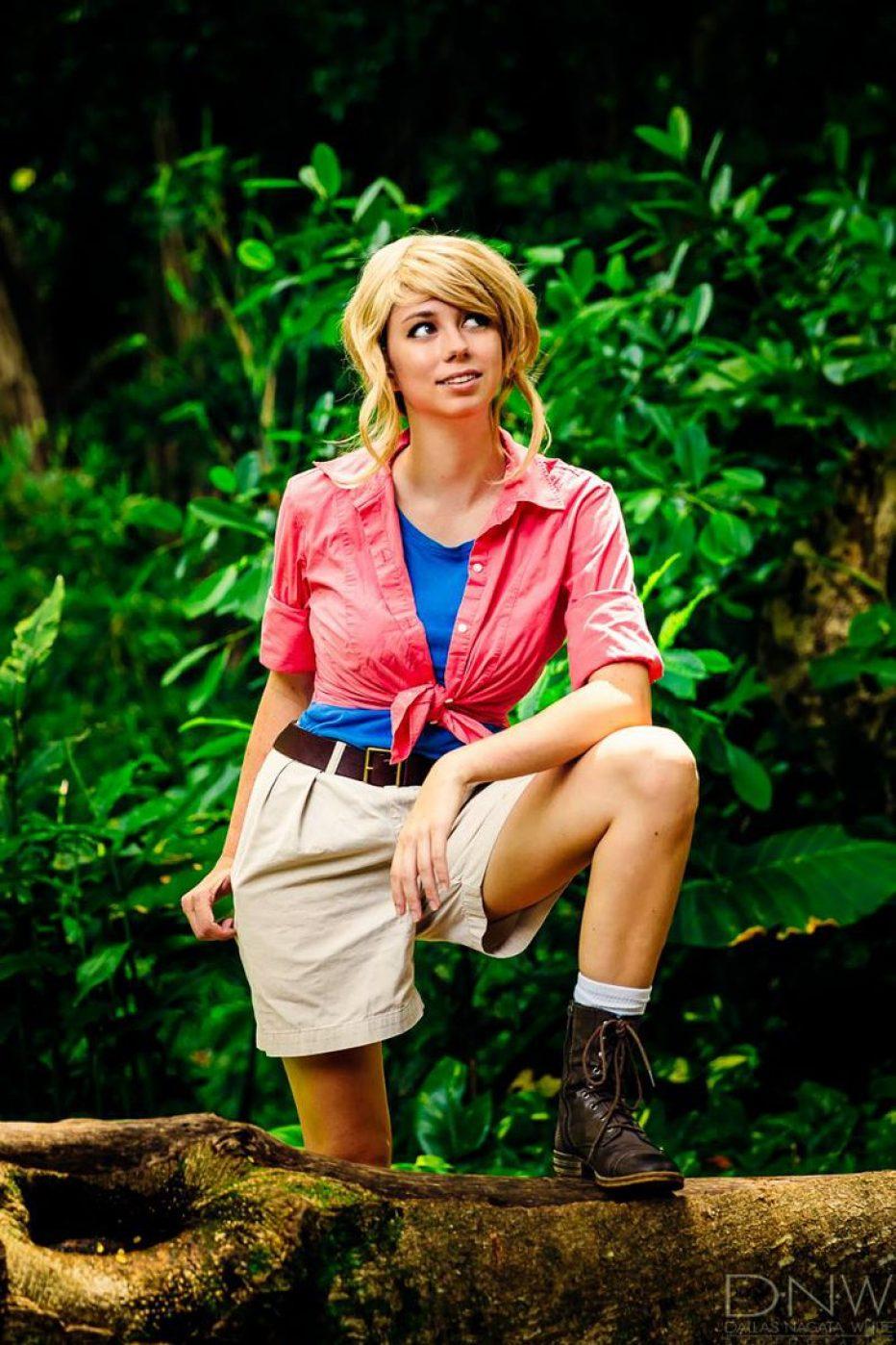 Jurassic-Park-Dr.-Ellie-Sattler-Cosplay-Gamers-Heroes-6.jpg