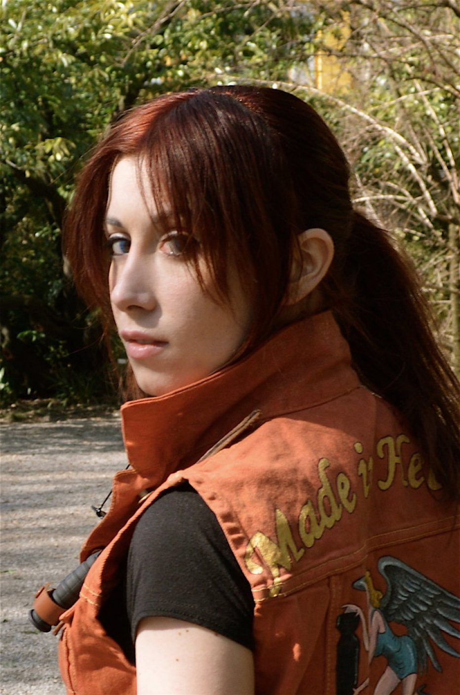 Resident-Evil-2-Claire-Redfield-Cosplay-Gamers-Heroes-6.jpg