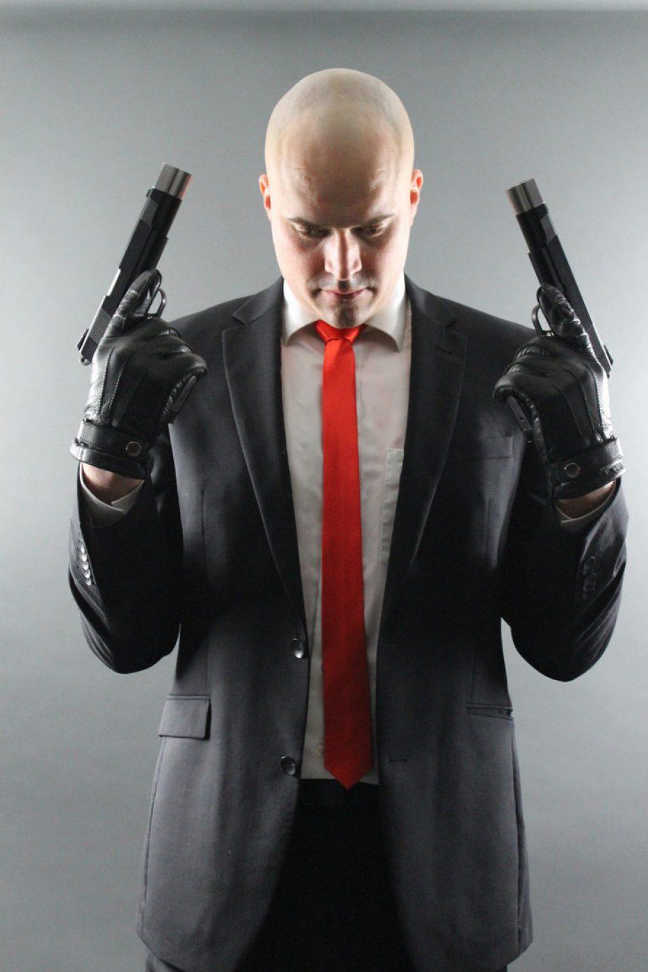 Hitman-Agent-47-CharlyHarte-Cosplay-Gamers-Heroes-2.jpg