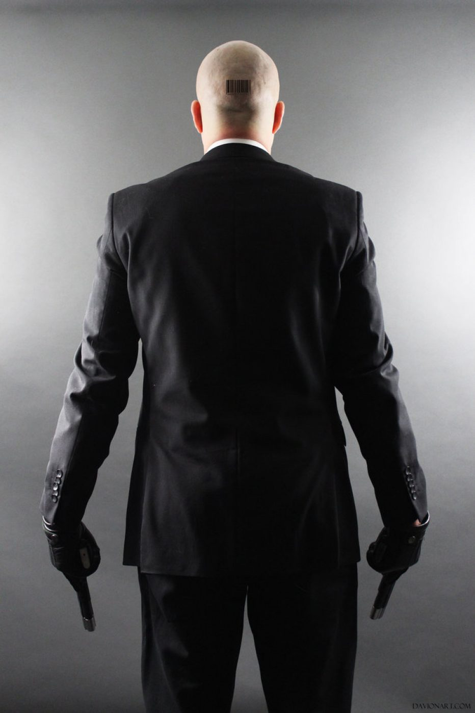 Hitman-Agent-47-CharlyHarte-Cosplay-Gamers-Heroes-3.jpg