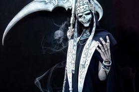Cosplay Wednesday – Castlevania's Death