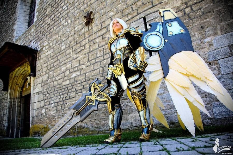 Darksiders Uriel Cosplay - Gamers Heroes