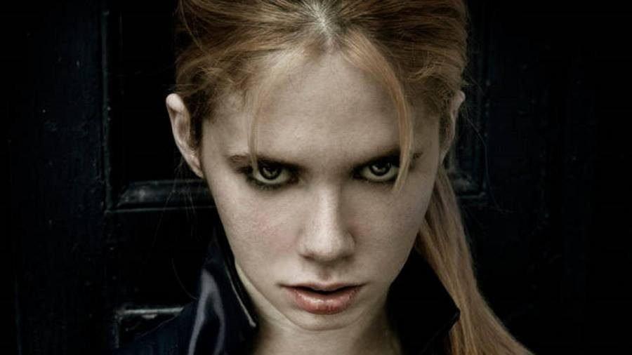 Resident Evil 5 Jill Valentine Cosplay - Gamers Heroes