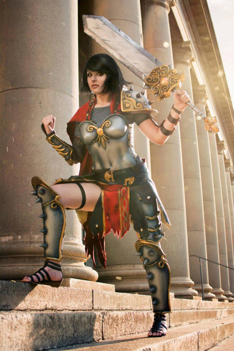 Smite-Bellona-Cosplay-Gamers-Heroes-4.jpg