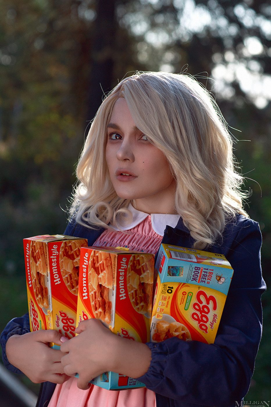 Stranger-Things-Eleven-Cosplay-Gamers-Heroes-2.jpg