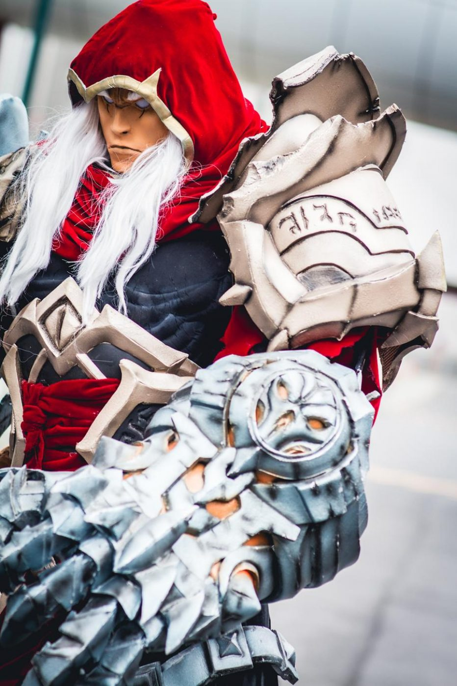 Darksiders-War-Cosplay-Gamers-Heroes-1.jpg