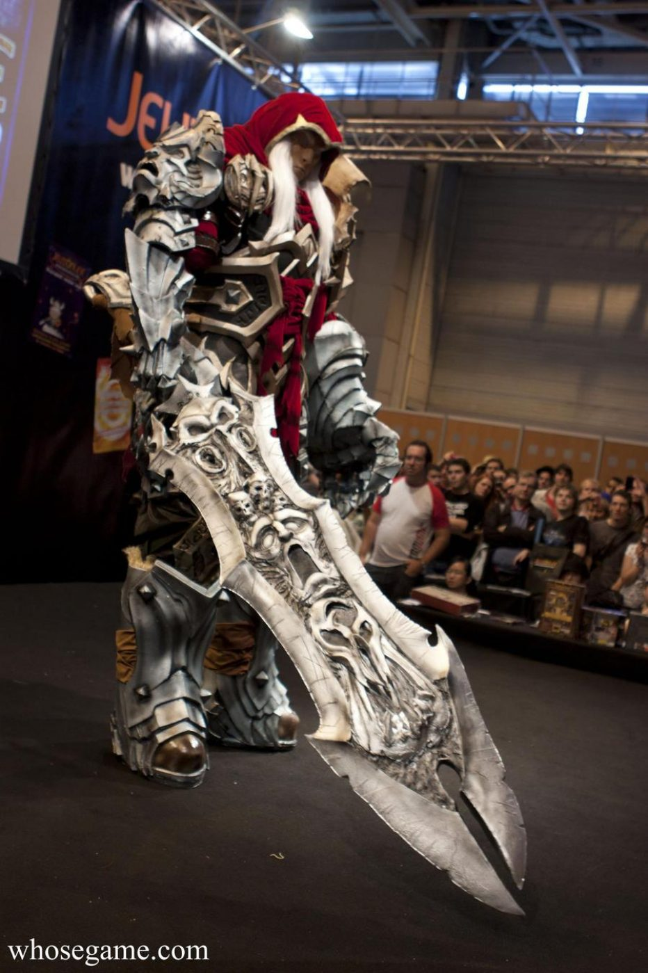 Darksiders-War-Cosplay-Gamers-Heroes-2.jpg