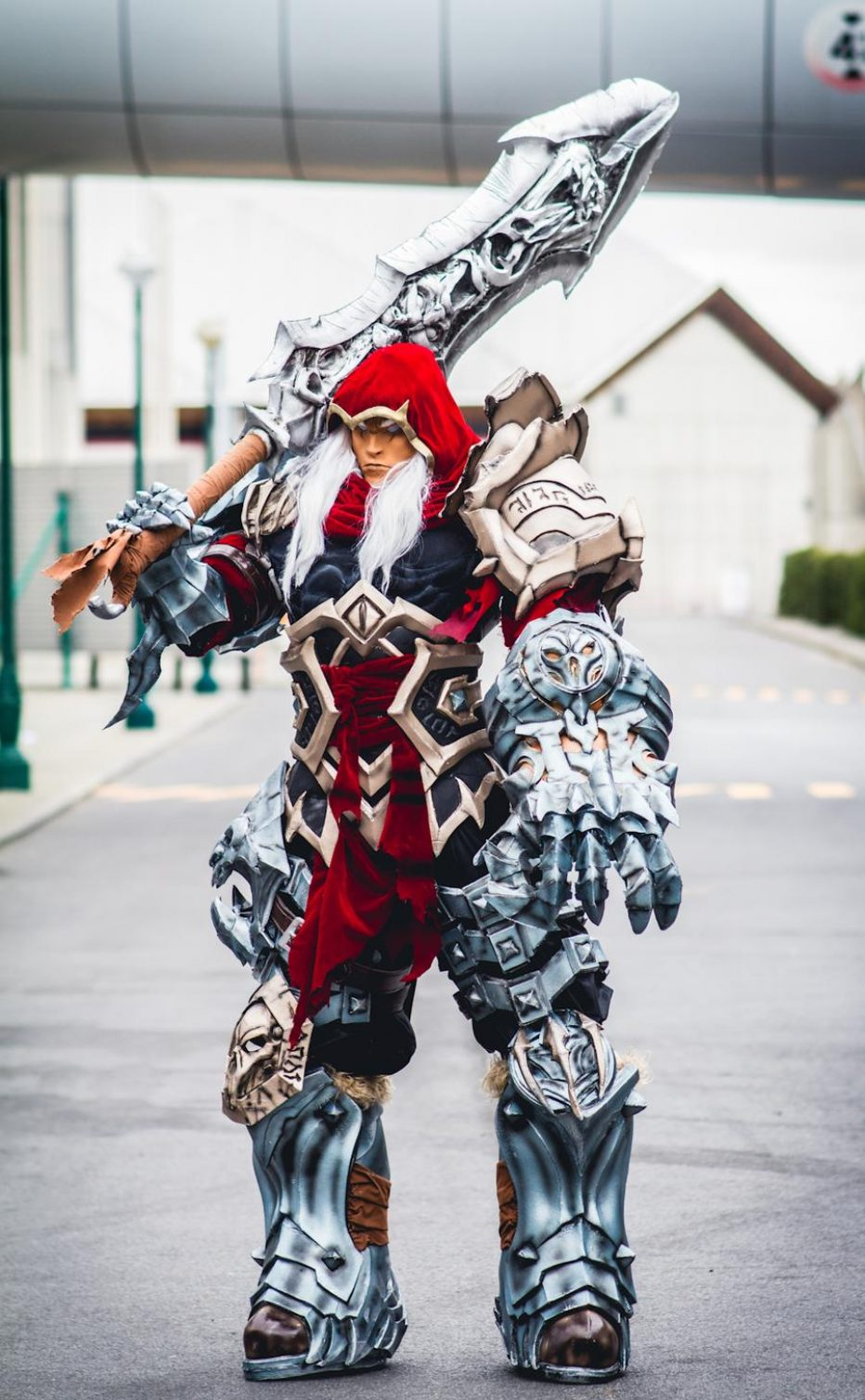 Darksiders-War-Cosplay-Gamers-Heroes-4.jpg