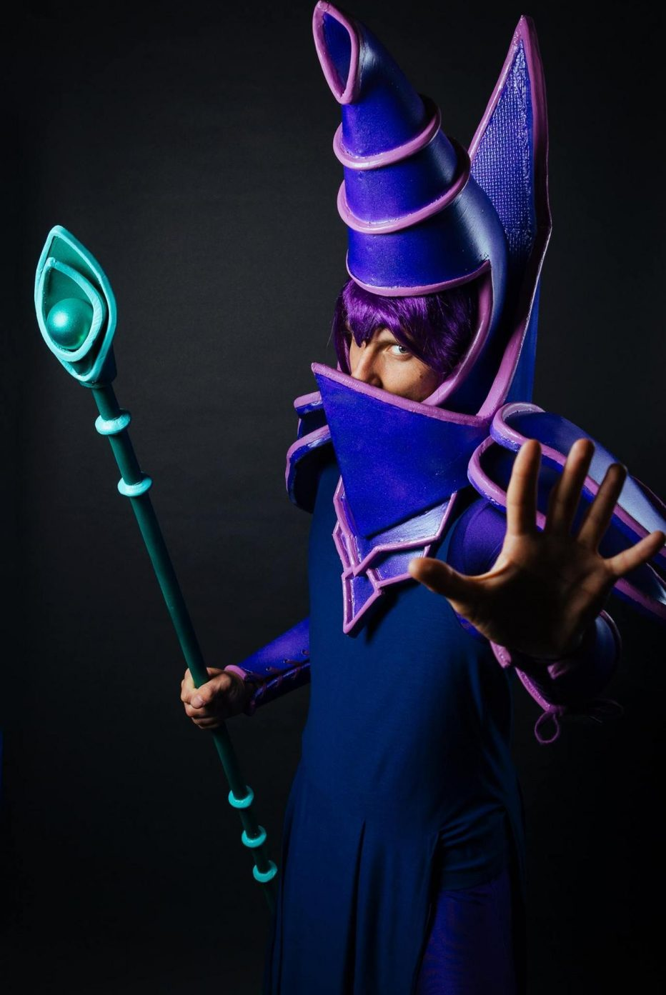 Yu-Gi-Oh-Dark-Magician-Cosplay-Gamers-Heroes-1.jpg