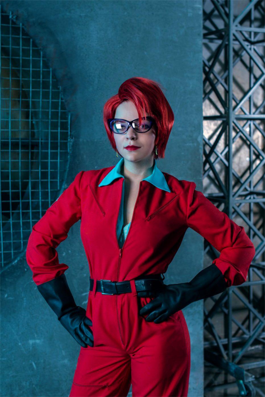 Ghostbusters-Janine-Melnitz-Cosplay-Gamers-Heroes-2.jpg