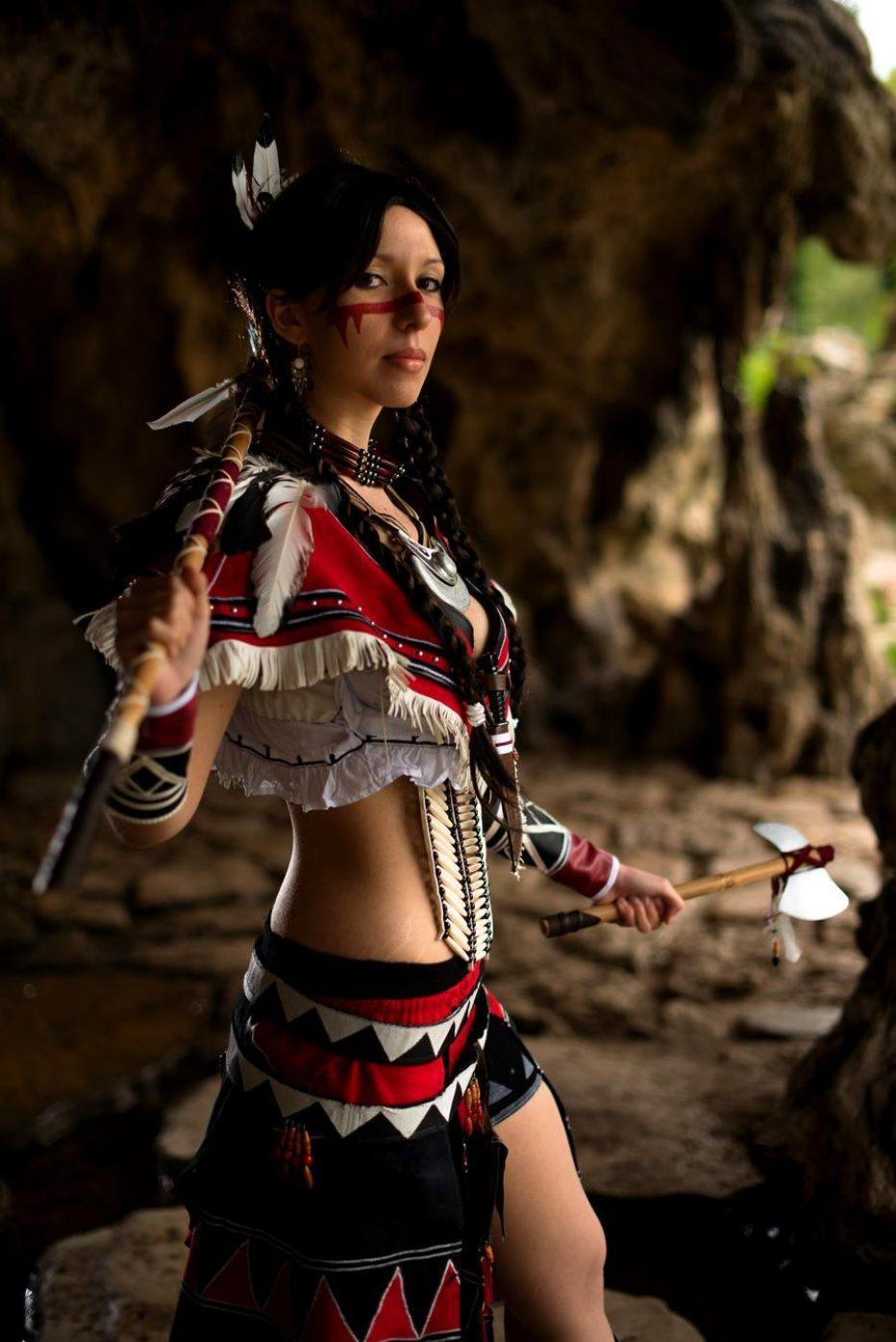 Assassins-Creed-IIIs-Alsoomse-Cosplay-Gamers-Heroes-2.jpg