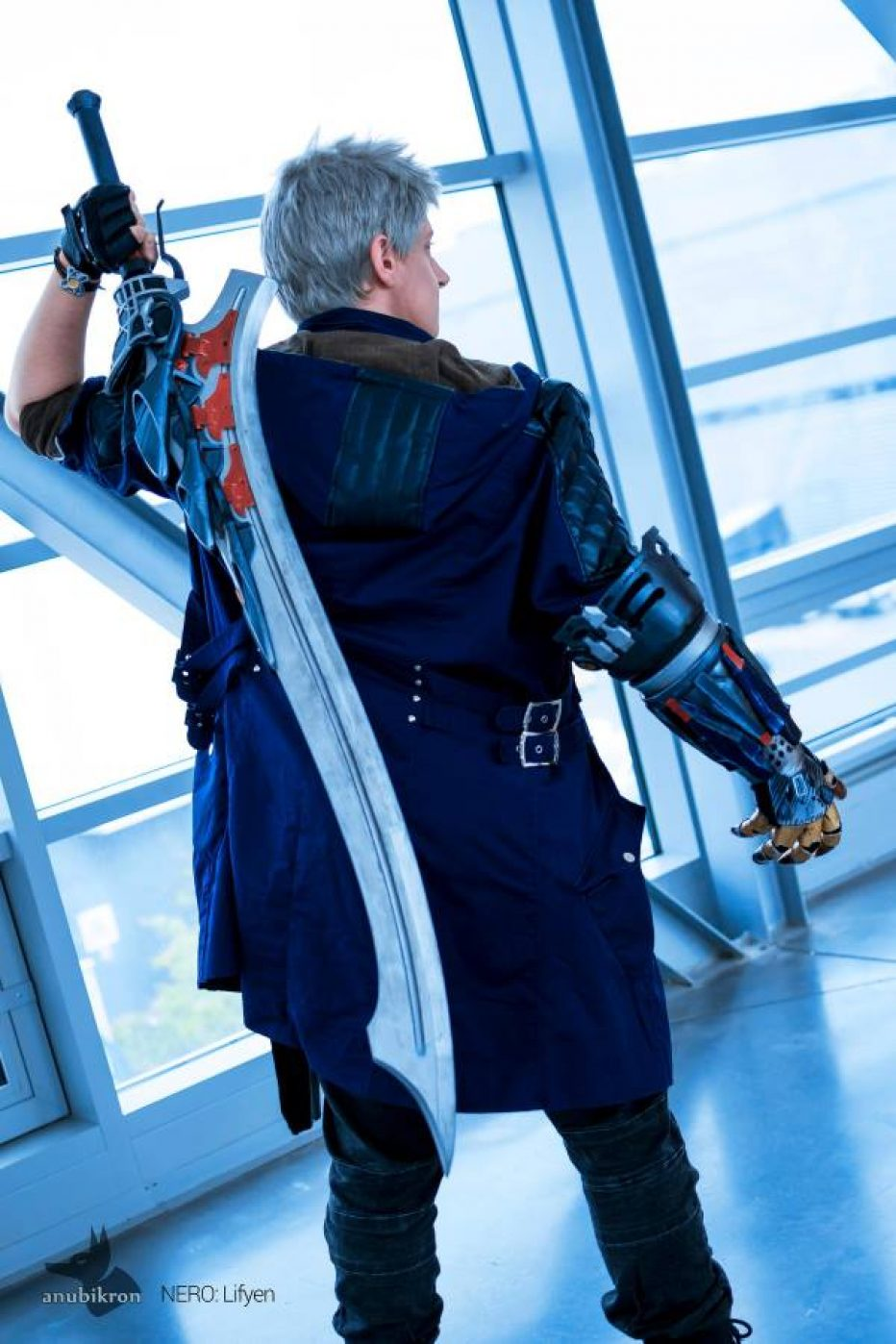 Devil-May-Cry-V-Nero-Cosplay-Gamers-Heroes-1.jpg