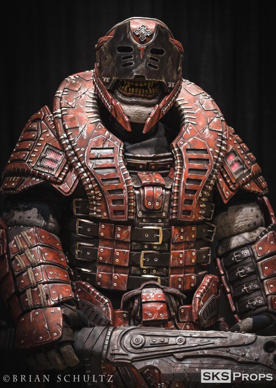 Gears-of-War-Theron-Cosplay-Gamers-Heroes-1.jpg