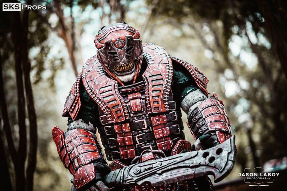 Gears-of-War-Theron-Cosplay-Gamers-Heroes-3.jpg