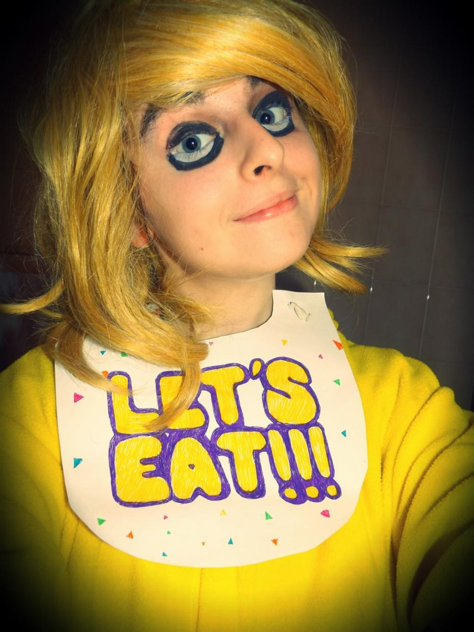 Five-Nights-at-Freddys-Chica-Cosplay-Gamers-Heroes-1.jpg
