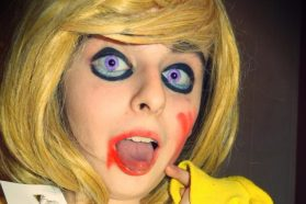 Cosplay Wednesday – Five Night at Freddy's Chica